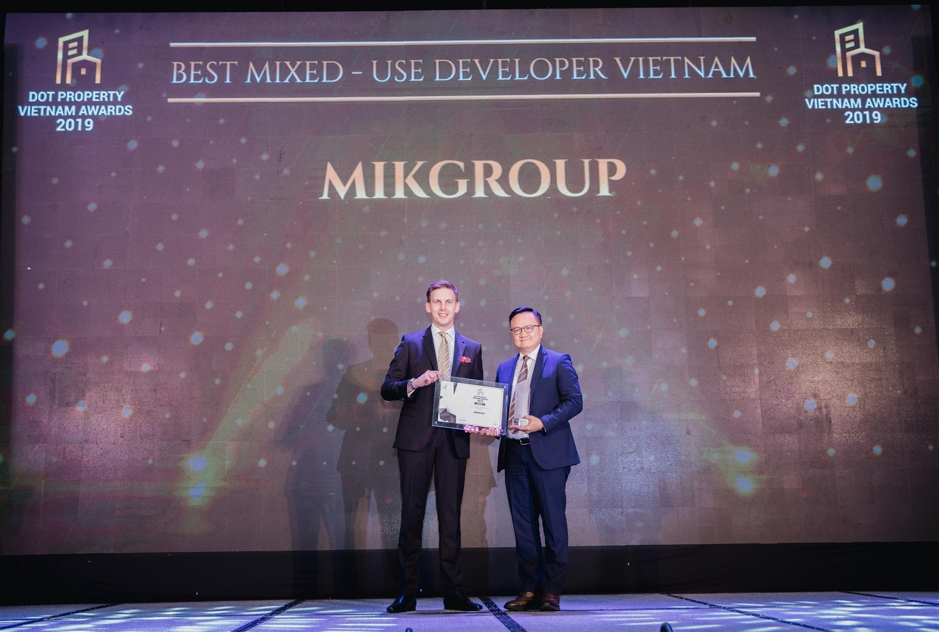 MIKGroup 3 lần được vinh danh tại Dot Property Vietnam Awards 2019