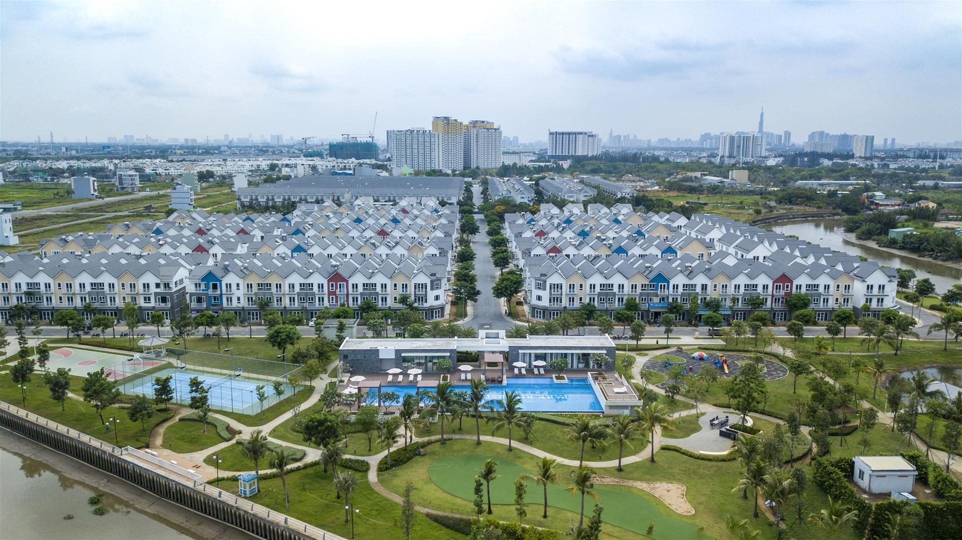 Khám phá những căn hộ kề bên vườn xanh trong lòng phố thị