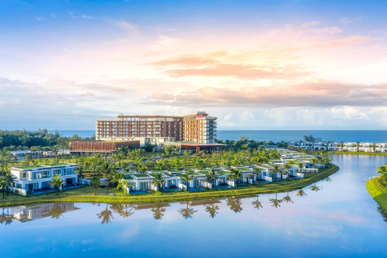 """Mövenpick Resort Waverly Phú Quốc được vinh danh """"Khu nghỉ dưỡng sang trọng dành cho gia đình tốt nhất châu Á"""" 2020"""